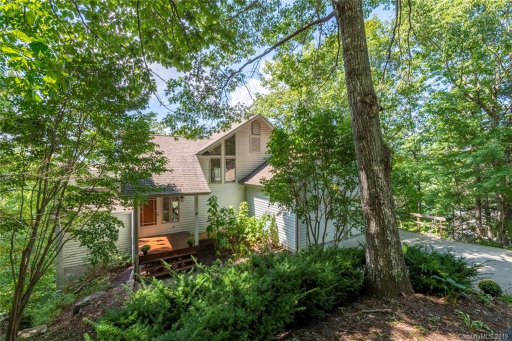 6 Skyview Court Asheville NC 28803
