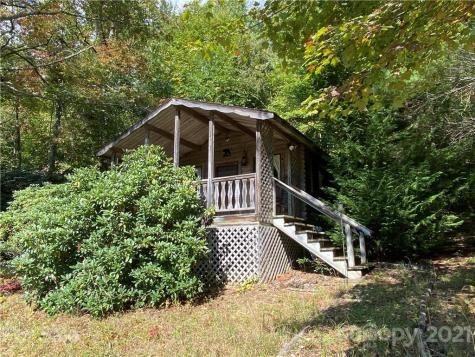 1959 Jackson Town Road Spruce Pine NC 28777