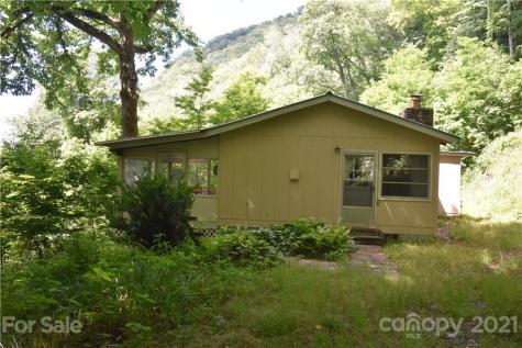 321 Coyote Trail Sylva NC 28779