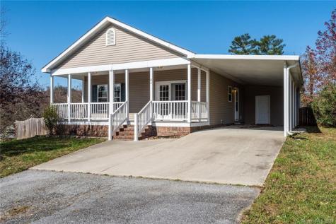 41 Montchannin Heights Hendersonville NC 28792