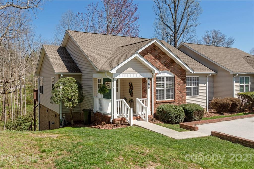 66 N Woodridge View Court Hendersonville NC 28791