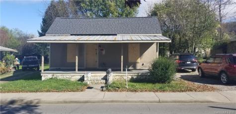 61 Riverbend Street Waynesville NC 28786