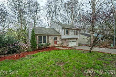34 Foxberry Drive Arden NC 28704