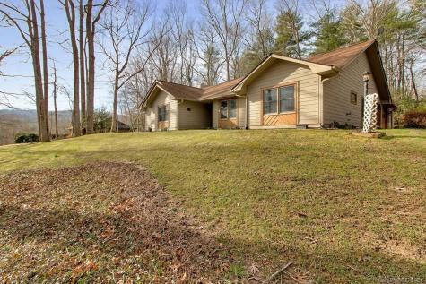 409 Hidden Woods Lane Hendersonville NC 28791