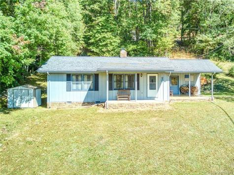 149 Plott Mountain Road Waynesville NC 28786