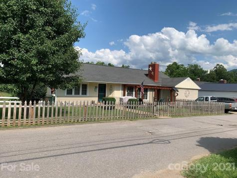 58 Summit Street Burnsville NC 28714