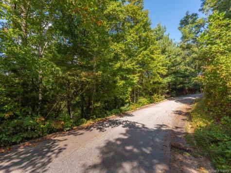 67 Mimosa Way Hendersonville NC 28739