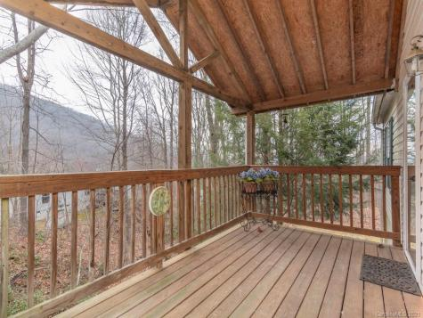 39 Inglewood Cove Road Waynesville NC 28786