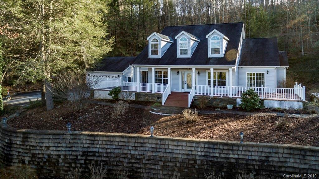 402 Sweetbriar Road N Lake Lure NC 28746