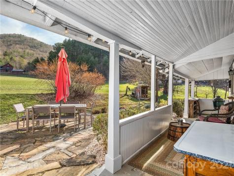 105 Rice Branch Road Asheville NC 28804
