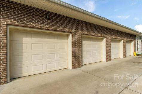 2399 Pleasant Grove Road Hendersonville NC 28739
