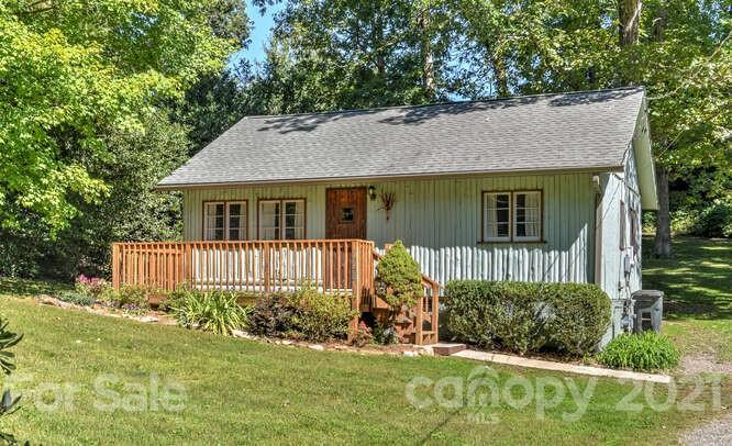 173 Oak Terrace Arden NC 28704