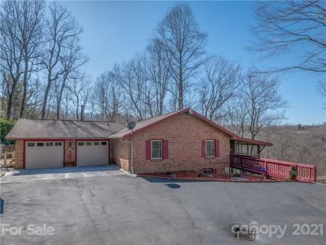 121 W Kindy Forest Drive Hendersonville NC 28739