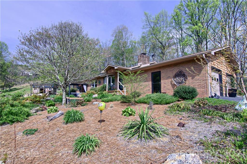 441 Rose Evelyn Trail Hendersonville NC 28739