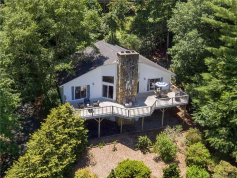 155 Woods Road Spruce Pine NC 28777