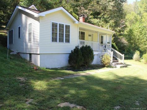 865 Pigeon Roost Road Green Mountain NC 28740