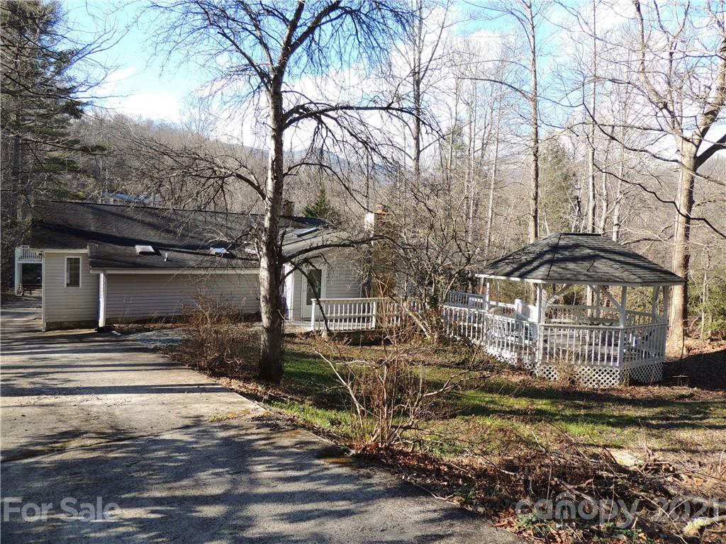 2044 North Fork Right Fork Road Black Mountain NC 28711