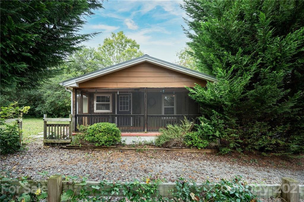 32 Gatewood Road Asheville NC 28806