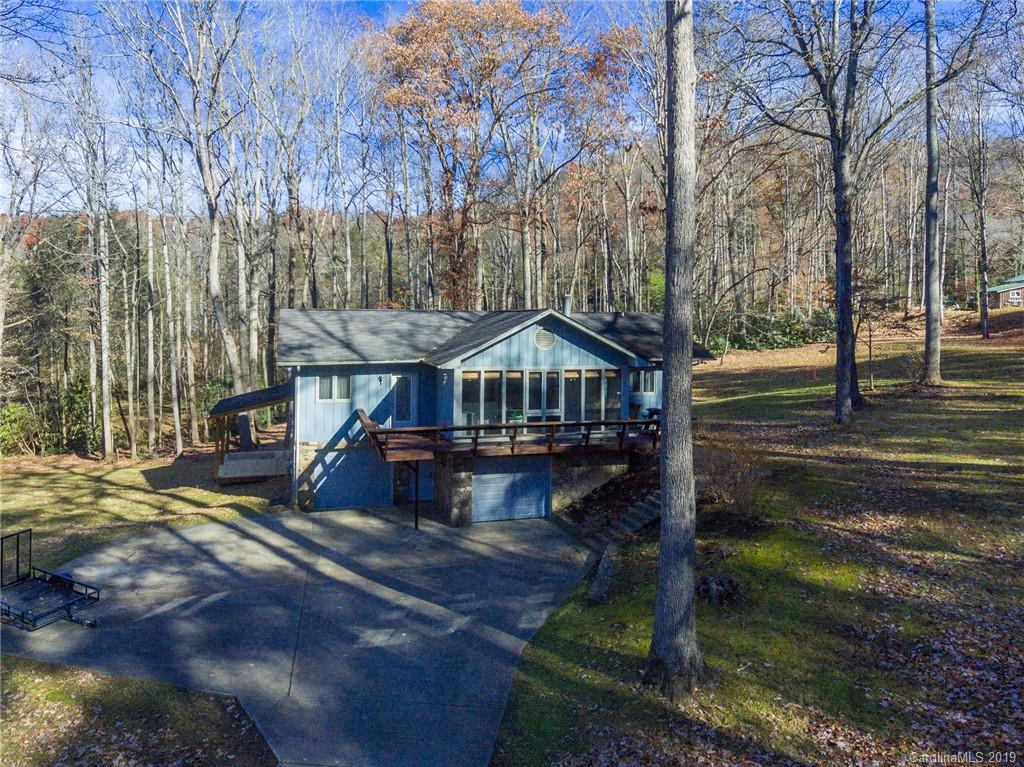 7 Hunting Lodge Drive Black Mountain NC 28711