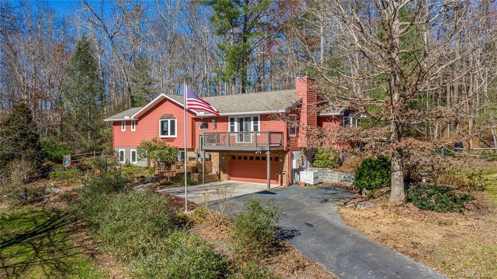 30 Heather Lane Fairview NC 28730