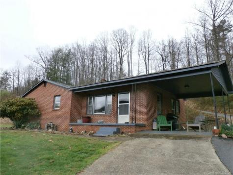 104 Red Bird Road Spruce Pine NC 28777