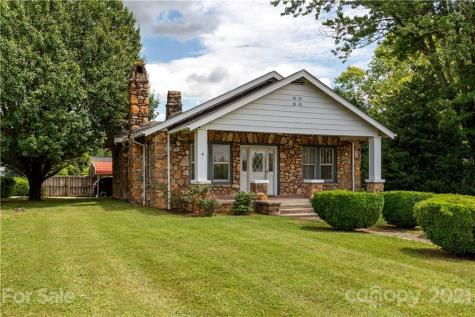 1102 Old Spartanburg Road Hendersonville NC 28792