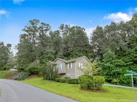 103 Brooktree Circle Hendersonville NC 28739