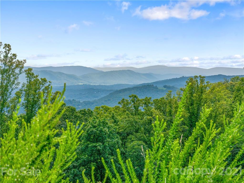 465 Southcliff Parkway Fairview NC 28730