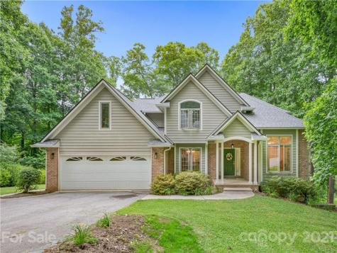 26 Weston Heights Drive Asheville NC 28803