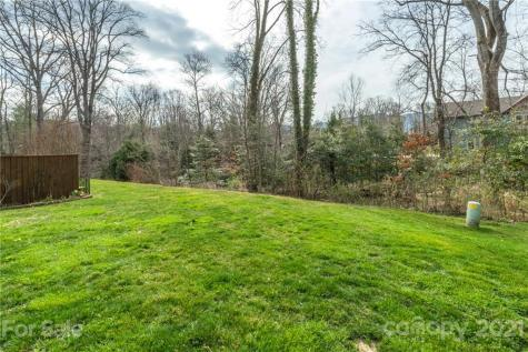 8 Roselyn Way Black Mountain NC 28711