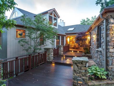 375 Rhododendron Lane Burnsville NC 28714