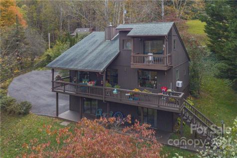911 Mountain Lake Drive Waynesville NC 28785