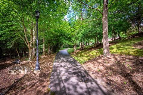 1335 Heathbrook Circle Asheville NC 28803