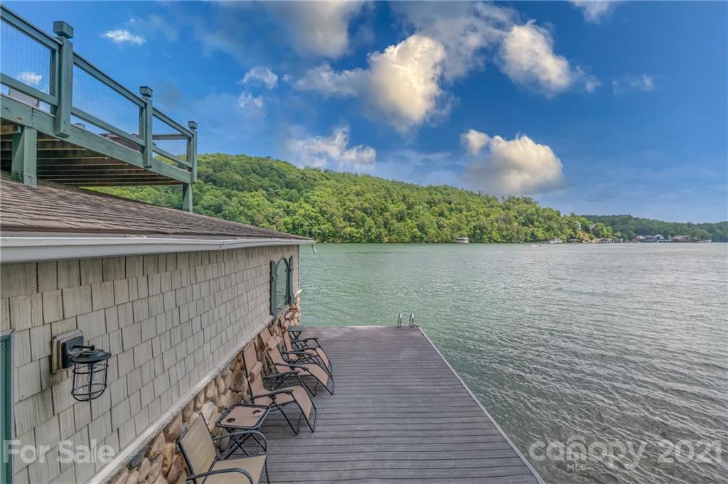 142 Waters Edge Court Lake Lure NC 28746