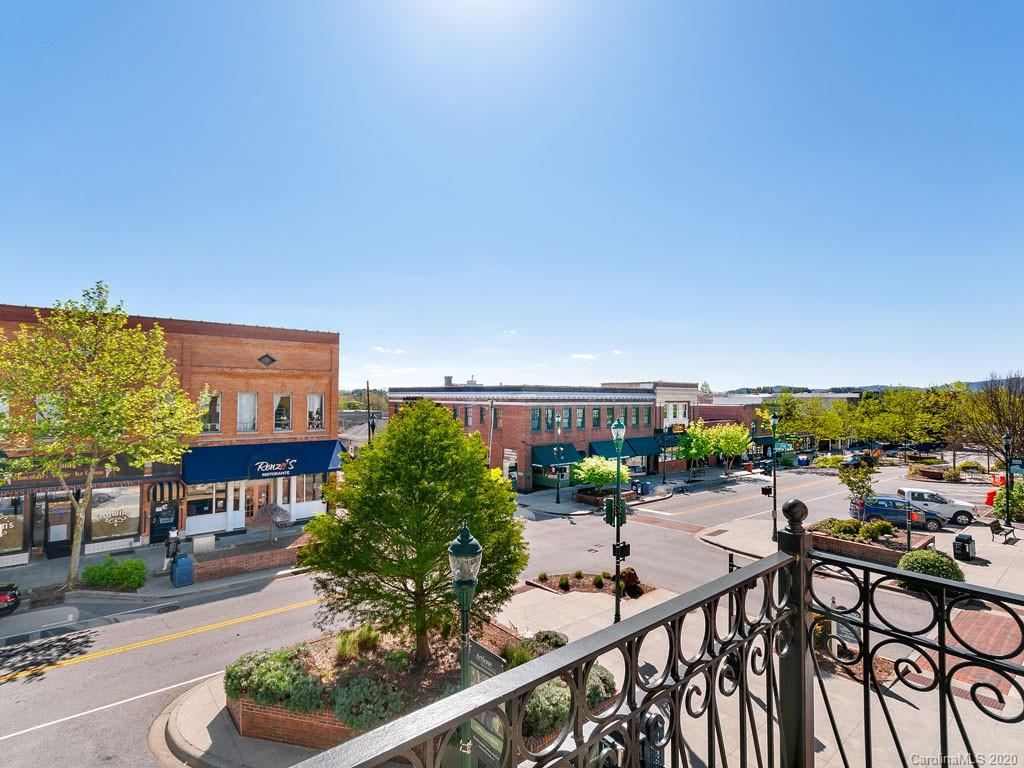 509 N Main Street Hendersonville NC 28792