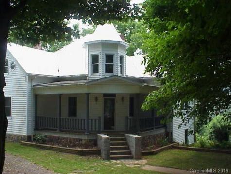 34 Summit Street Burnsville NC 28714