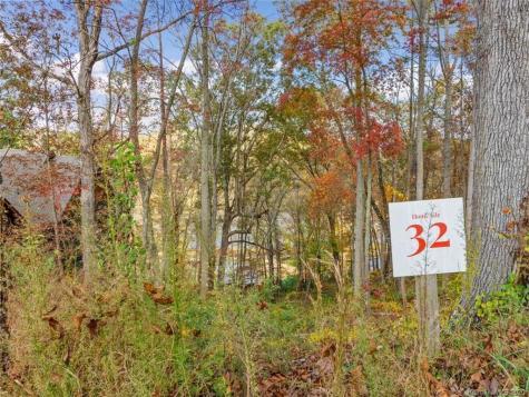 25 Tulip Poplar Trail Asheville NC 28804