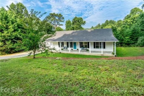348 Piney Oak Hills Circle Hendersonville NC 28792