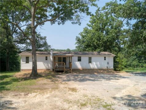 128 Corntown Road Hendersonville NC 28792