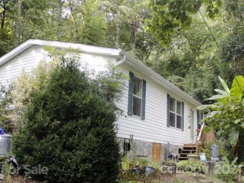 250 W Poplar Drive Hendersonville NC 28792
