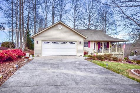 20 Red Cedar Drive Hendersonville NC 28792