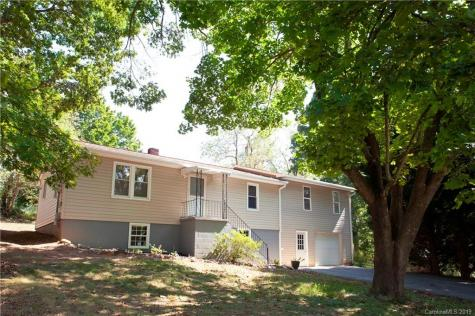 10 Woodberry Lane Asheville NC 28806
