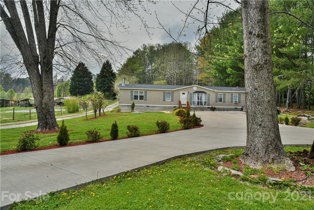 599 Pace Road Hendersonville NC 28792