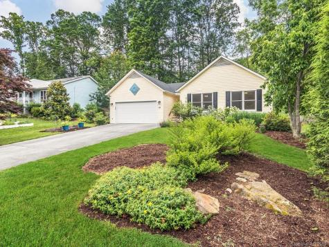 61 Forest Lake Drive Asheville NC 28803