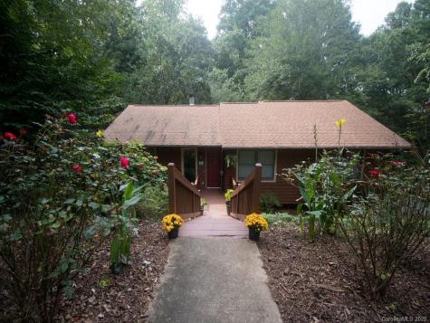 28 Cedar Trail Asheville NC 28803