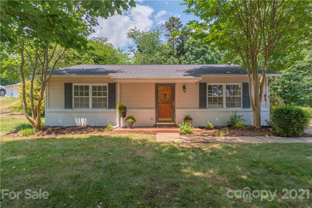 44 Tipperary Drive Asheville NC 28806