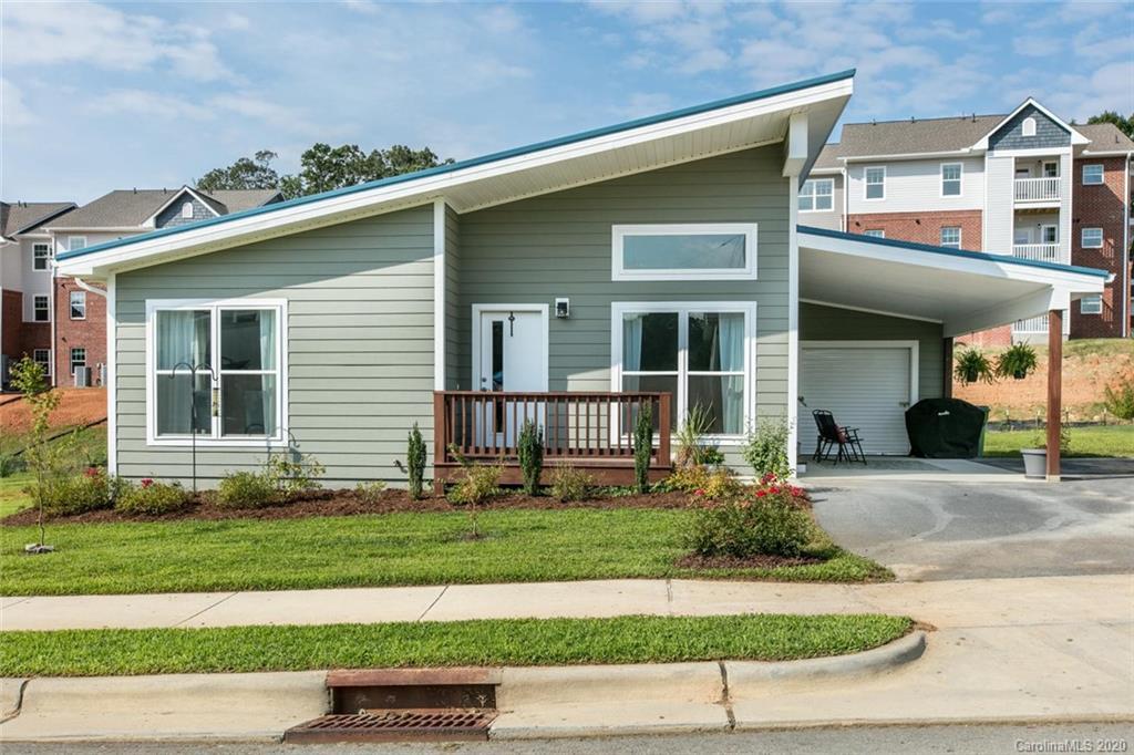 88 Strick Garden Lane Hendersonville NC 28792