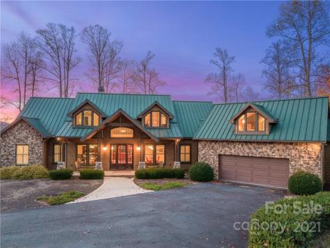 94 Southern Scenic Heights Hendersonville NC 28792
