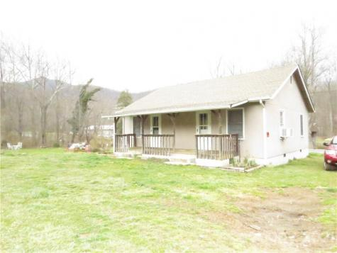 28 Hickory Springs Road Burnsville NC 28714