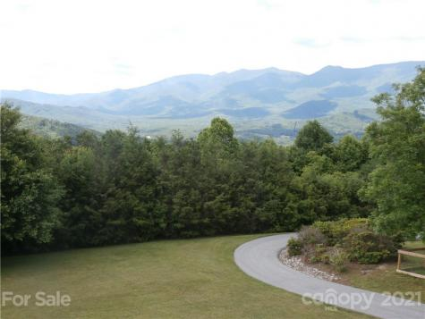 1800 Cabbage Patch Road Burnsville NC 28714